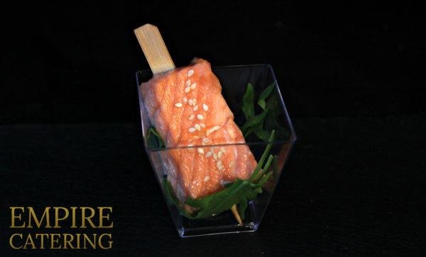 Мини-шашлычок из лосося (45 гр)